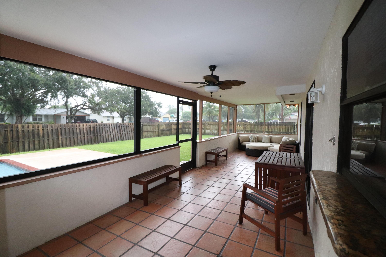 100 Morgate Circle West Palm Beach, FL 33411 photo 16