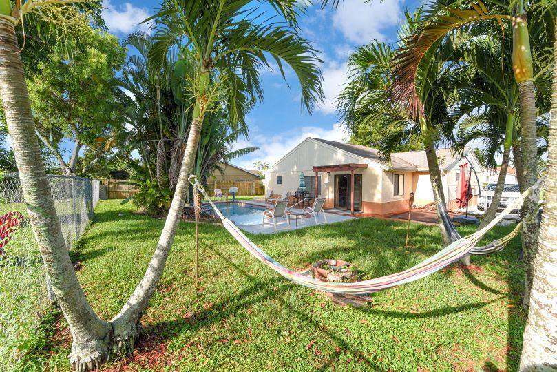 1346 Donwoods Lane Royal Palm Beach, FL 33411 photo 21