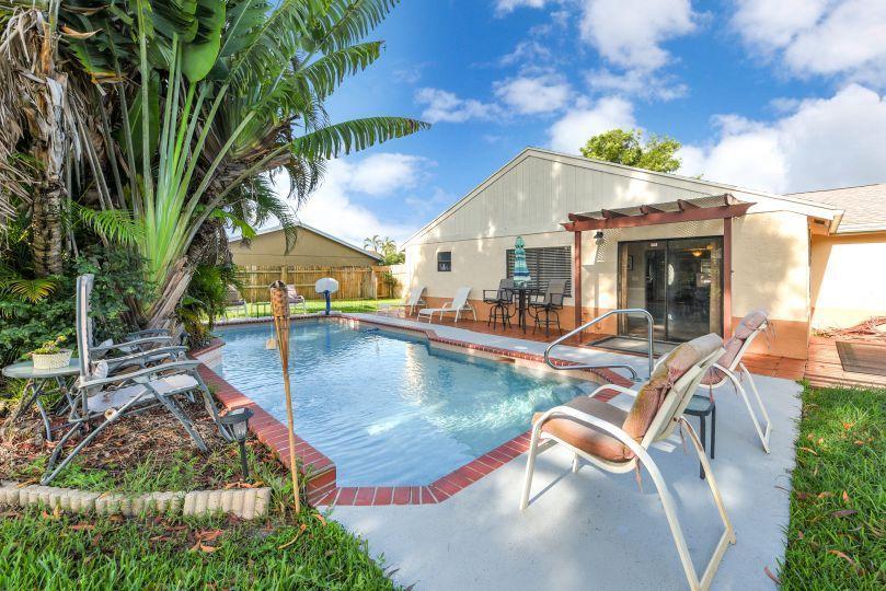 1346 Donwoods Lane Royal Palm Beach, FL 33411 photo 22