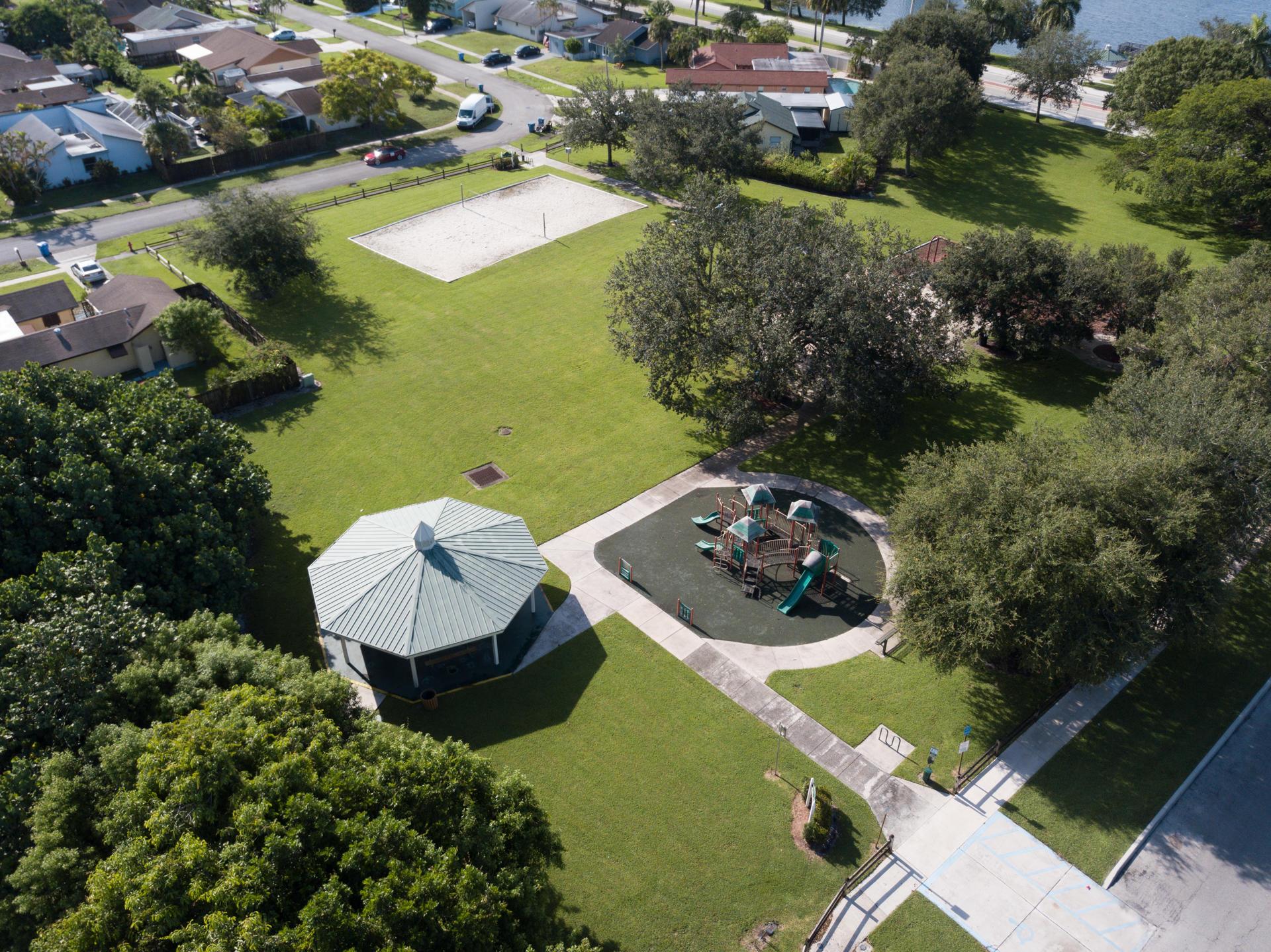 1346 Donwoods Lane Royal Palm Beach, FL 33411 photo 34