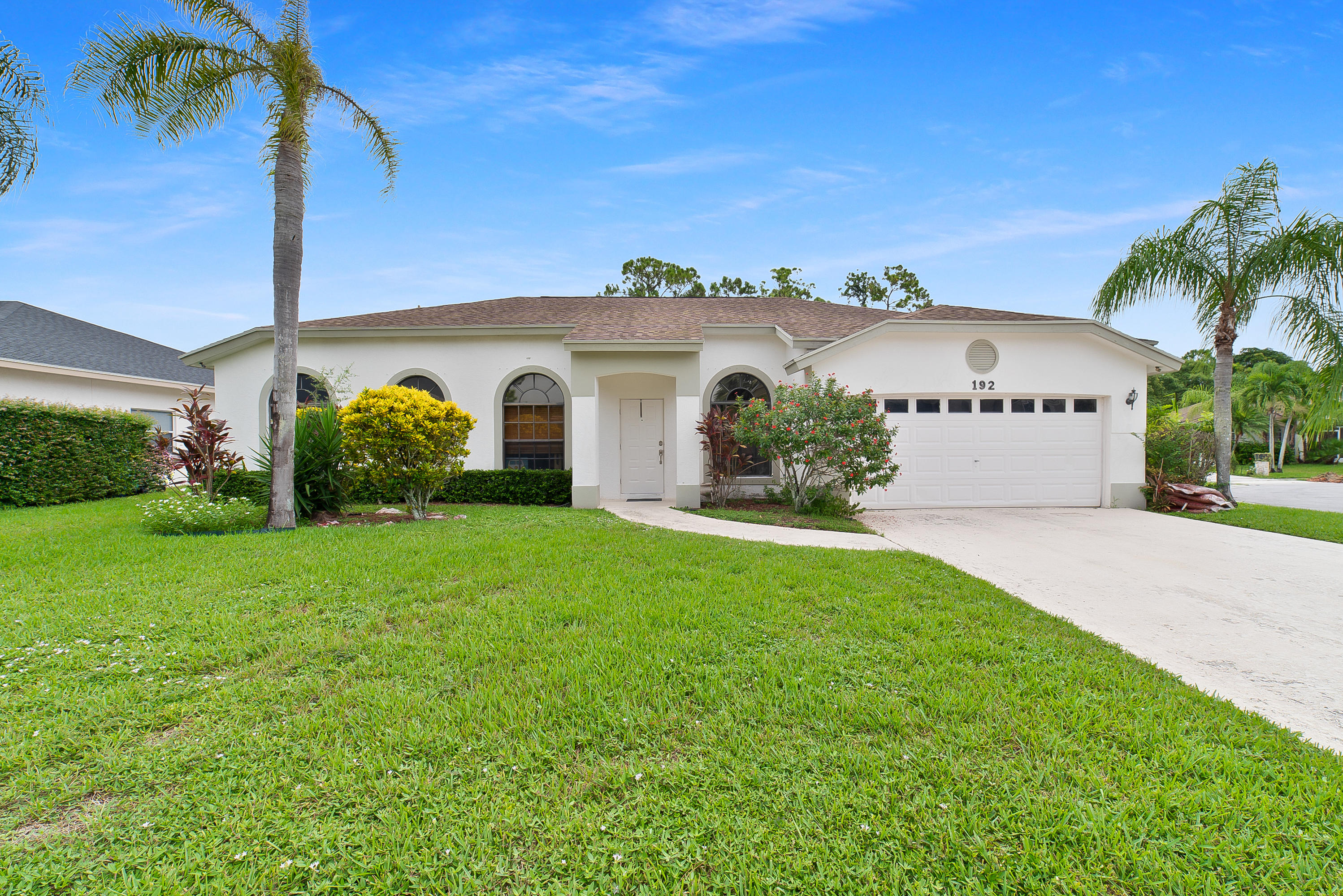 192 Gulfstream Circle Royal Palm Beach, FL 33411 photo 1