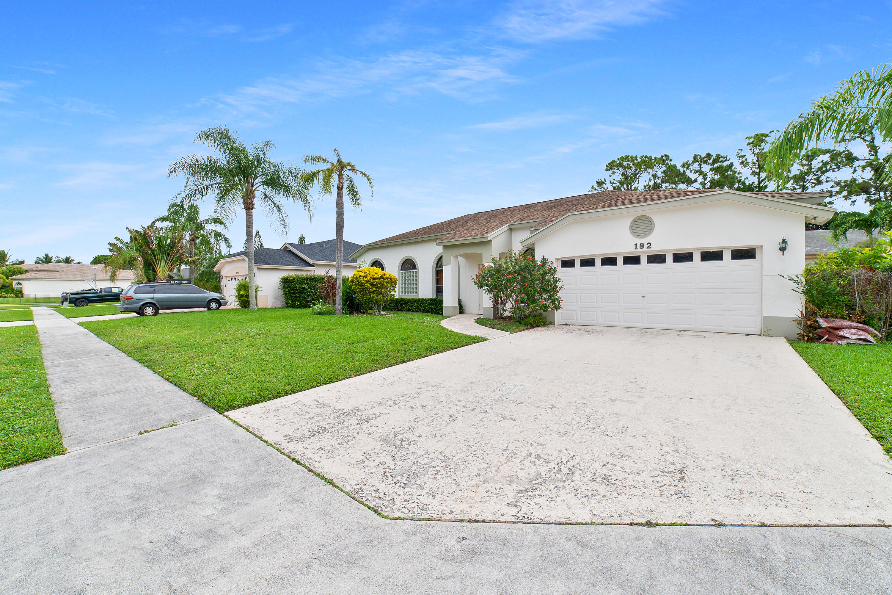 192 Gulfstream Circle Royal Palm Beach, FL 33411 photo 3