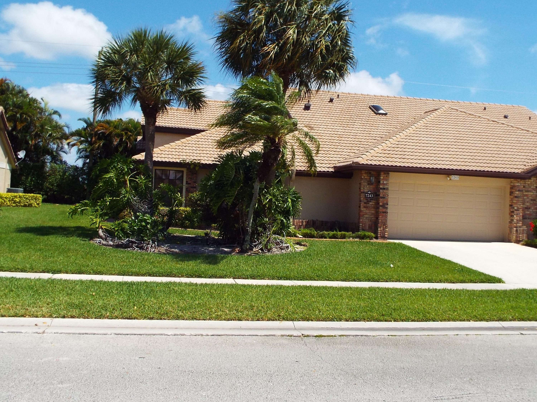 Home for sale in Aberdeen / Hamptons Boynton Beach Florida