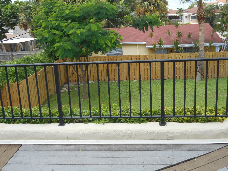 230 Lytton Court West Palm Beach, FL 33405 photo 8