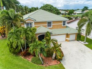 3525  Moon Bay Circle  For Sale 10553634, FL