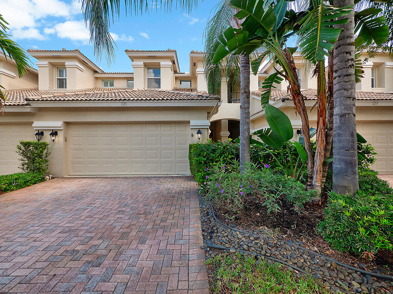 725 Cable Beach Lane, North Palm Beach, Florida 33410, 3 Bedrooms Bedrooms, ,2.1 BathroomsBathrooms,A,Townhouse,Cable Beach,RX-10552510