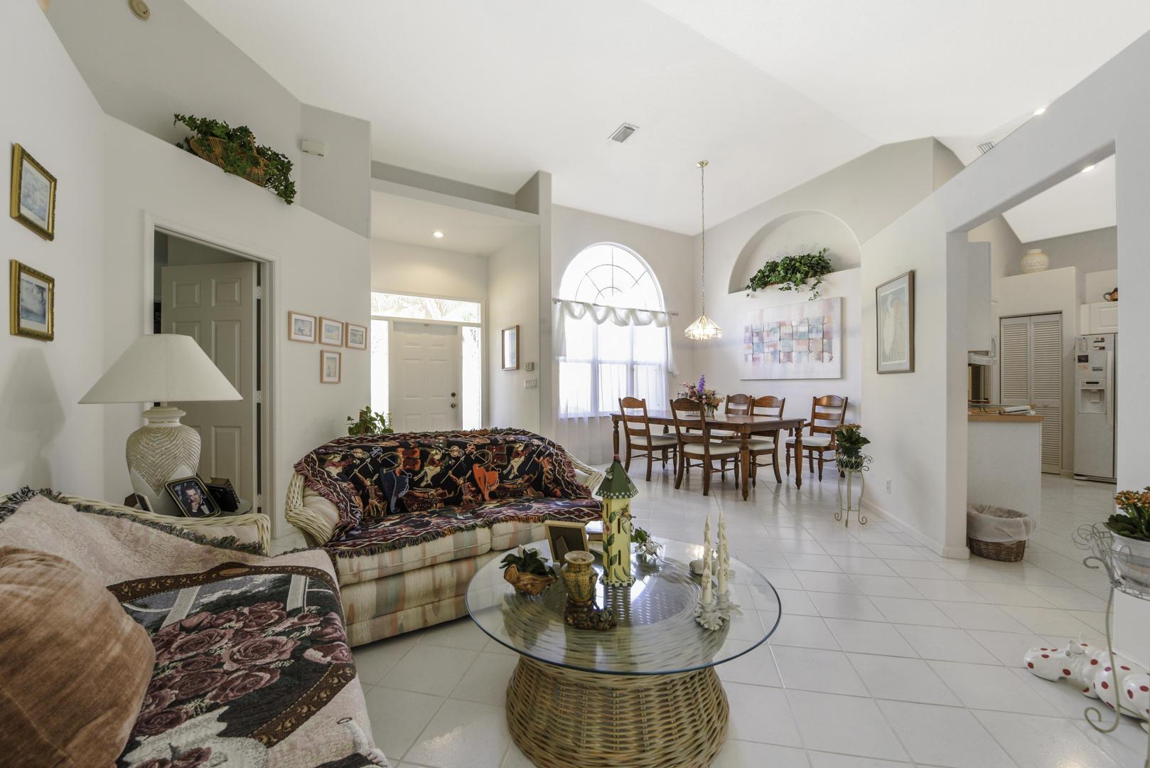 113 Cypress Trace Royal Palm Beach, FL 33411 photo 3