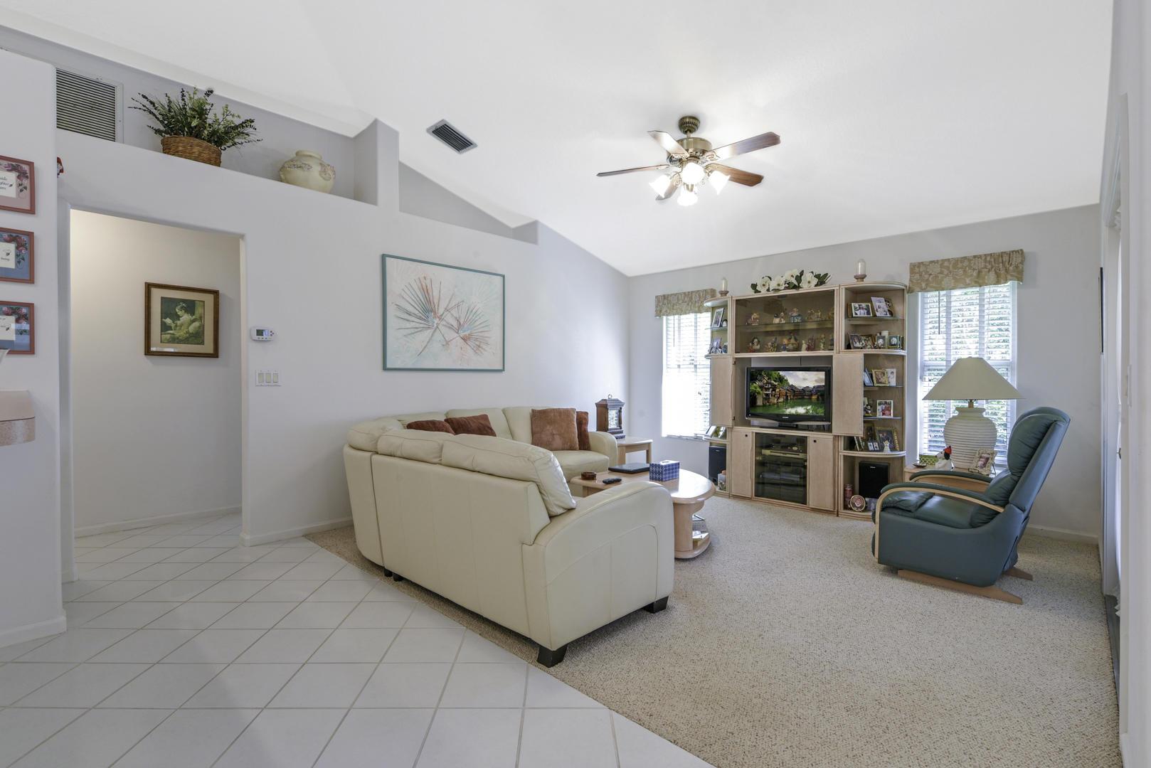 113 Cypress Trace Royal Palm Beach, FL 33411 photo 5