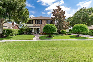 13651  Staimford Drive  For Sale 10552630, FL