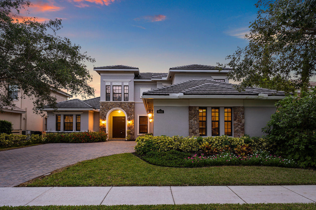 8941 Equus Circle  Boynton Beach, FL 33472