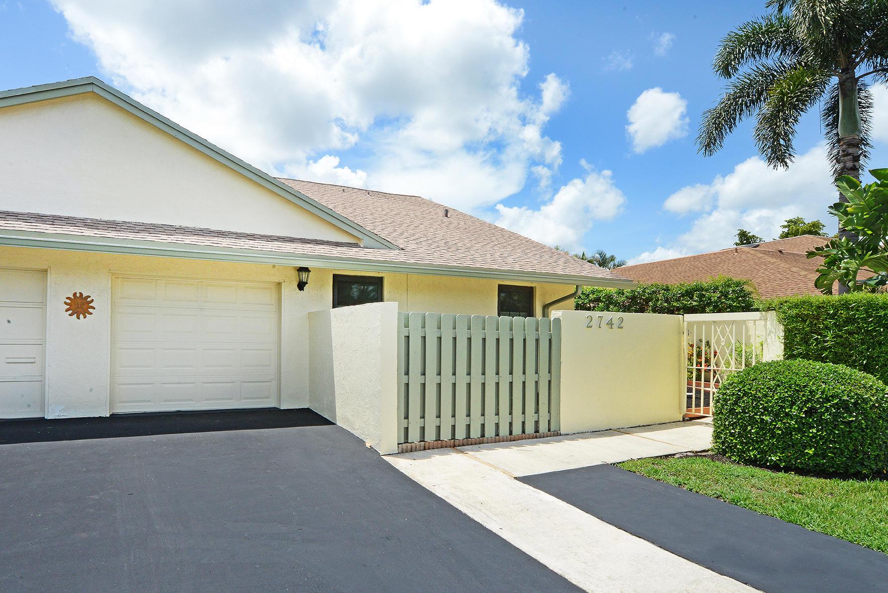 2742 SW 5th Street  Delray Beach, FL 33445