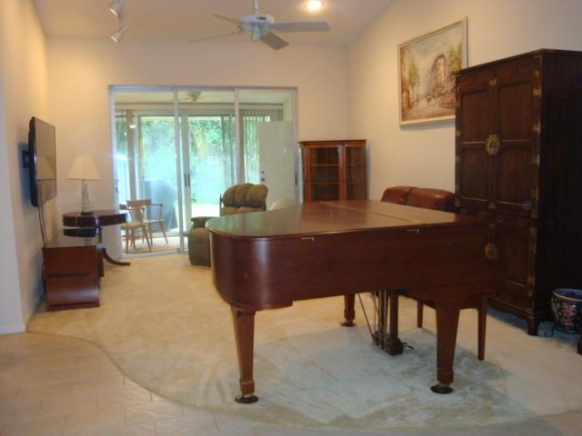 6998 Quince Lane Lake Worth, FL 33467 photo 6