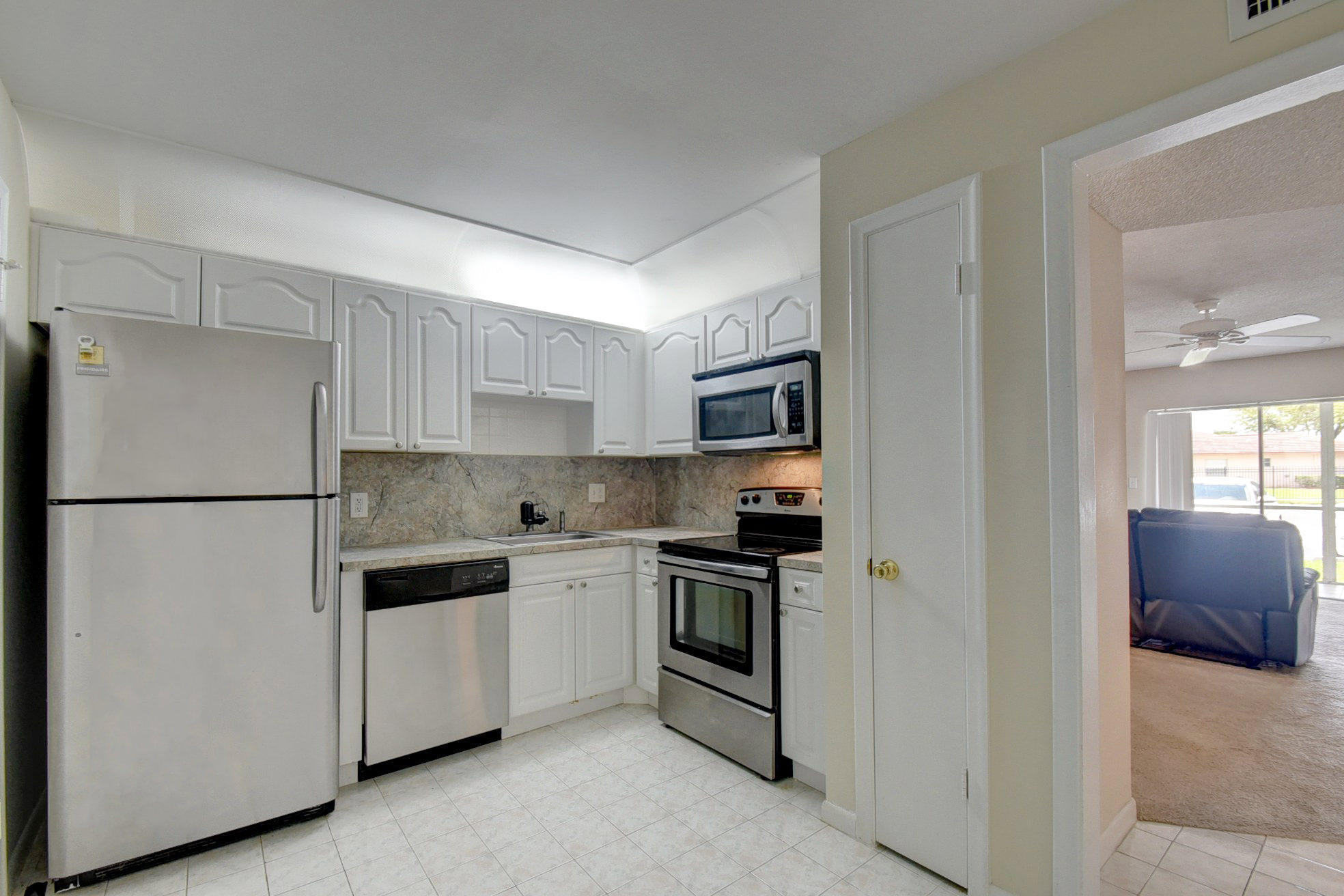 22605 66th Avenue, Boca Raton, Florida 33428, 1 Bedroom Bedrooms, ,1 BathroomBathrooms,Residential,For Sale,66th,RX-10548142