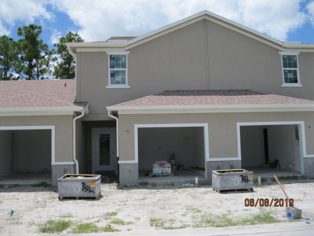Photo of 1001 NE Trailside Run, Port Saint Lucie, FL 34983