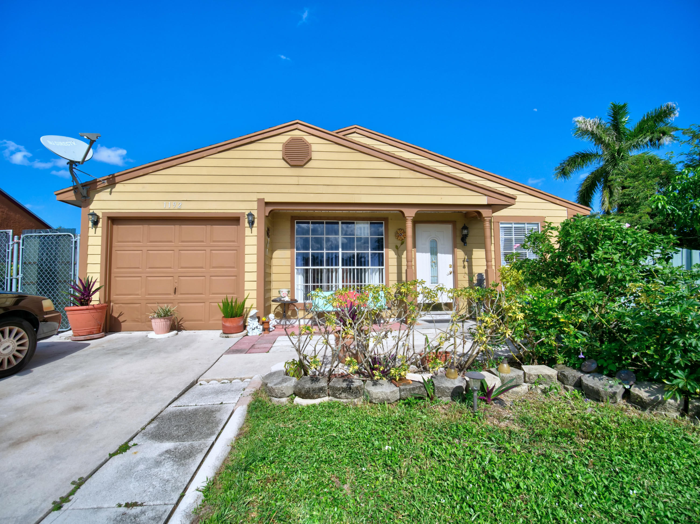 1192 Stardust Way Royal Palm Beach, FL 33411