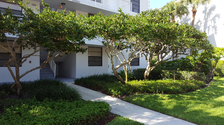 Photo of 3630 Whitehall Drive #106, West Palm Beach, FL 33401