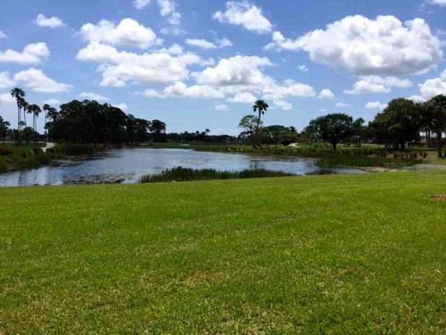 123 Legendary Circle, Palm Beach Gardens, Florida 33418, 3 Bedrooms Bedrooms, ,2 BathroomsBathrooms,F,Condominium,Legendary,RX-10554321