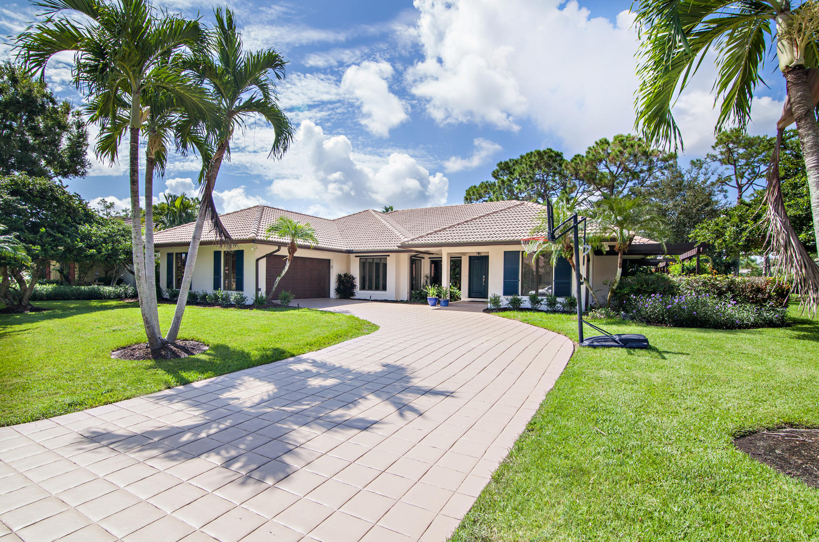 Home for sale in Pga National Resort Community Palm Beach Gardens Florida