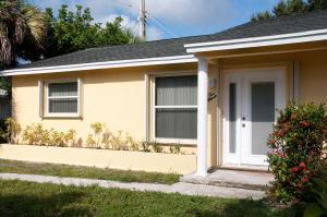 200 N Pennock Lane  For Sale 10554790, FL