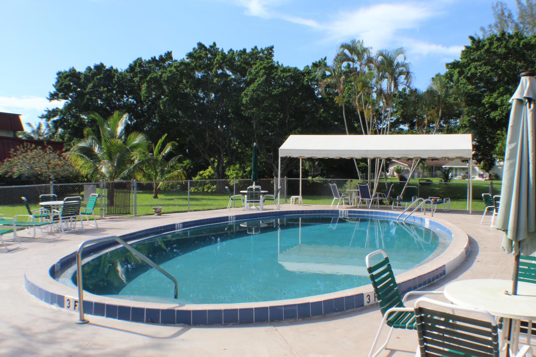 12021 W Greenway Drive 105 Royal Palm Beach, FL 33411