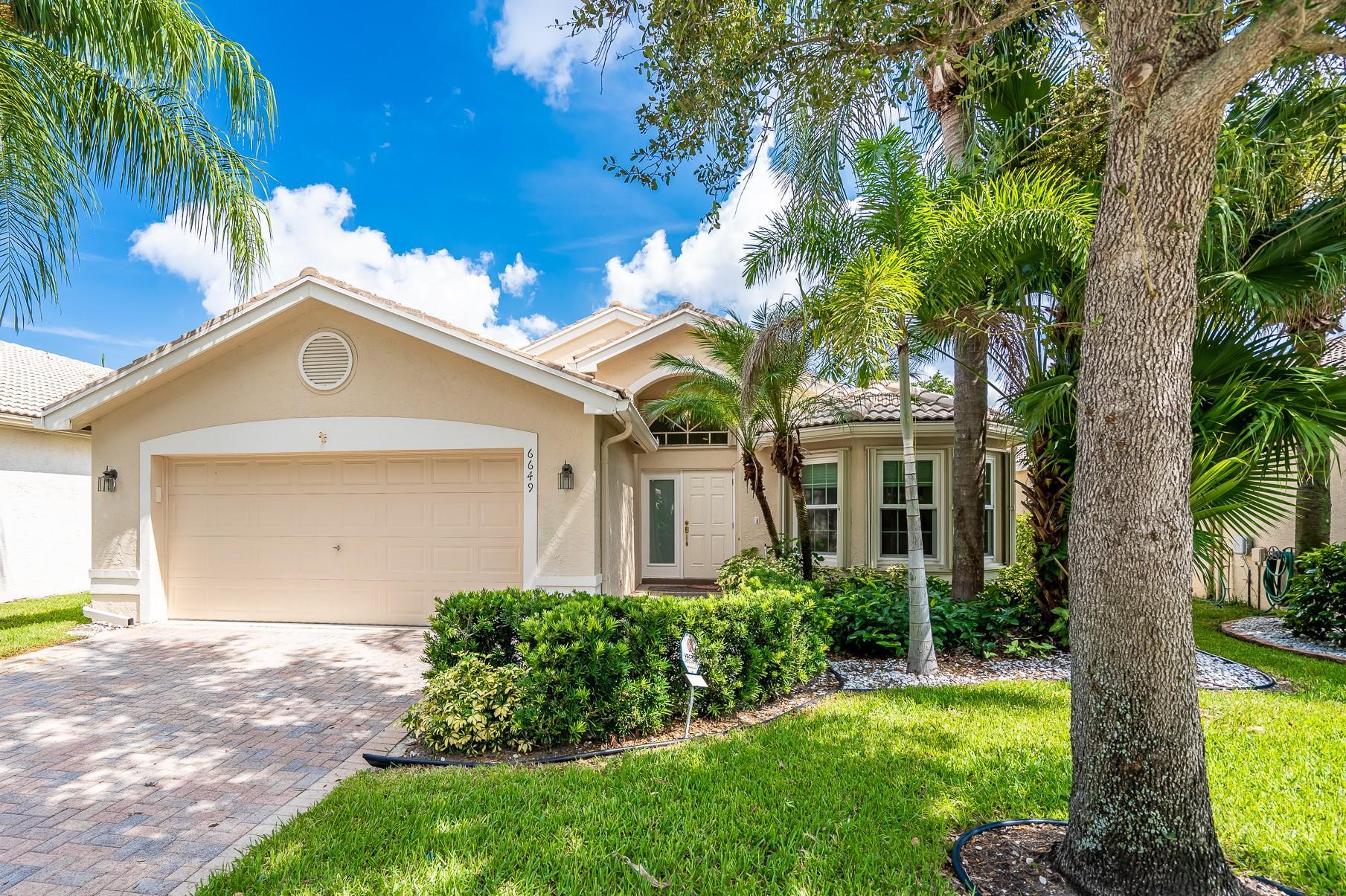 Home for sale in VALENCIA ISLES 1 Boynton Beach Florida