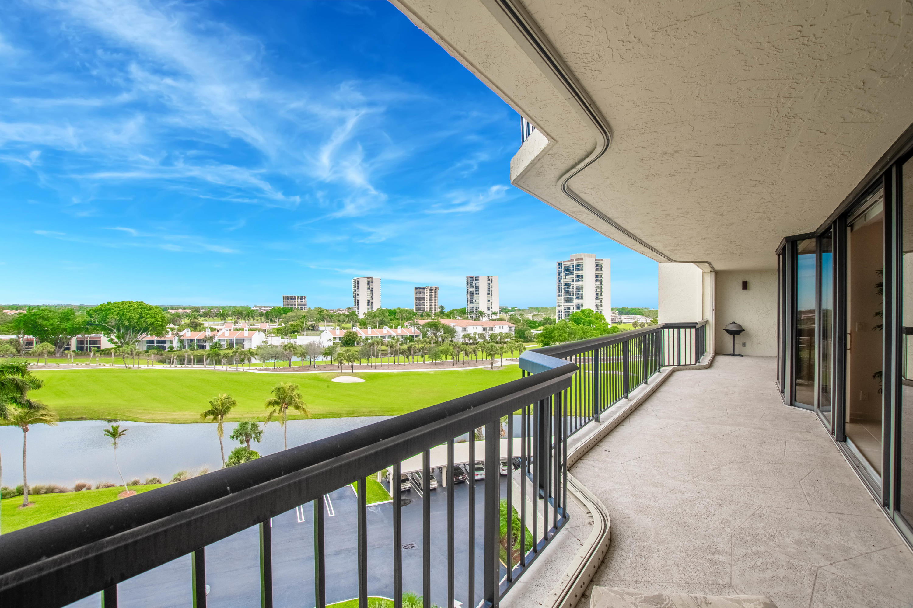 Photo of 1900 Consulate Place #605, West Palm Beach, FL 33401
