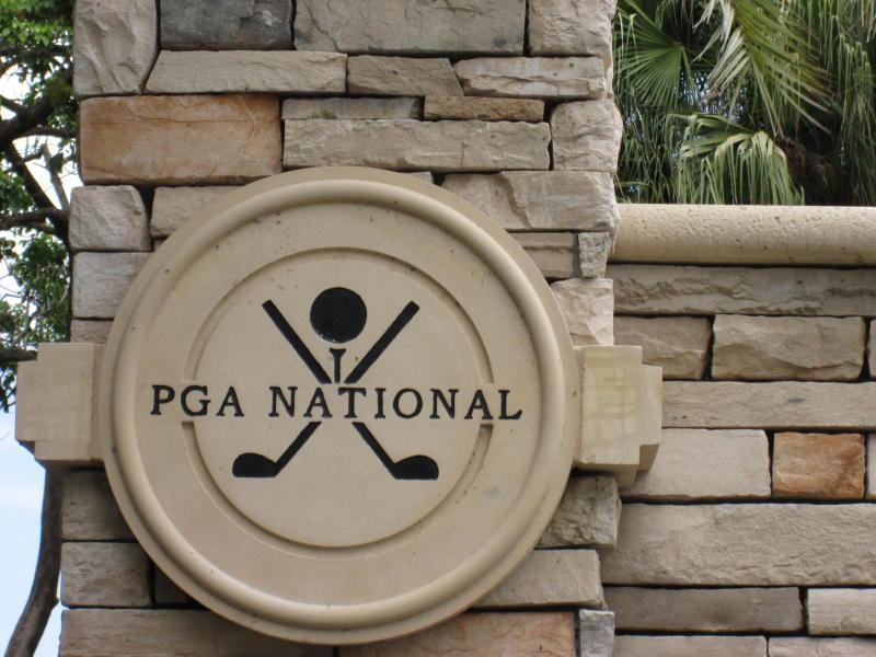 GOLF VILLAS COND AT PGA NATIONAL PALM BEACH GARDENS