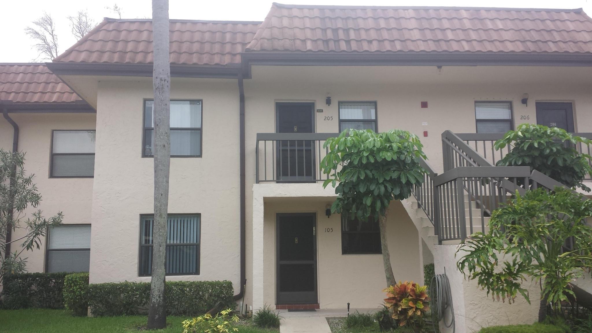 7202 Golf Colony Court 105 Lake Worth, FL 33467