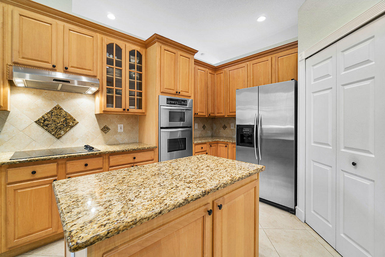 15390 Earhart Place Wellington, FL 33414 small photo 10