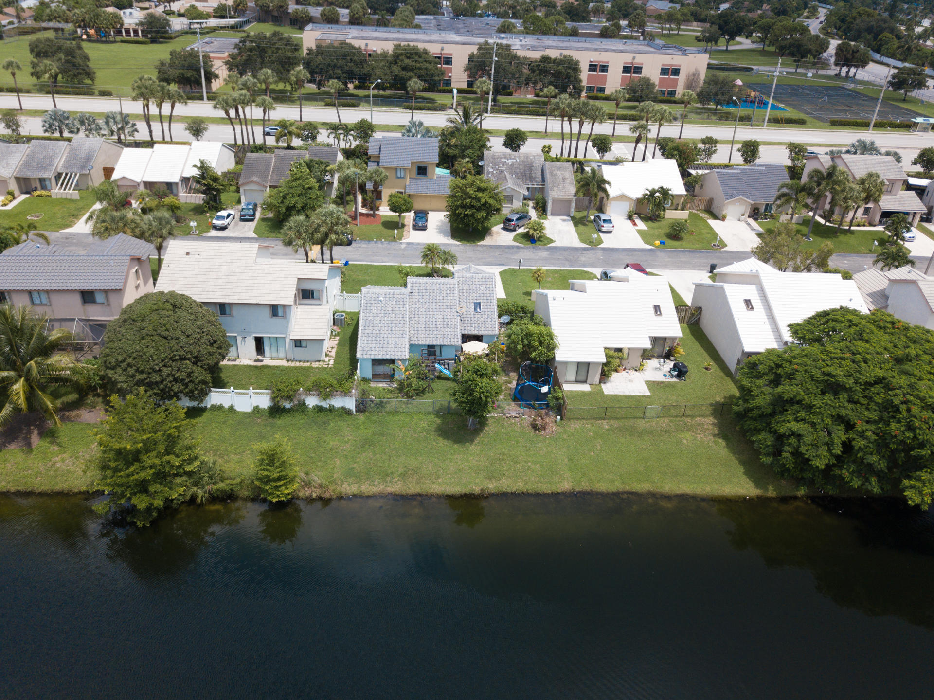 6056 Strawberry Fields Way Lake Worth, FL 33463 photo 4