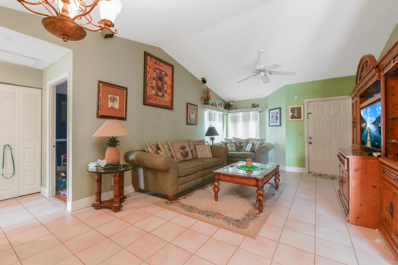 6056 Strawberry Fields Way Lake Worth, FL 33463 photo 8