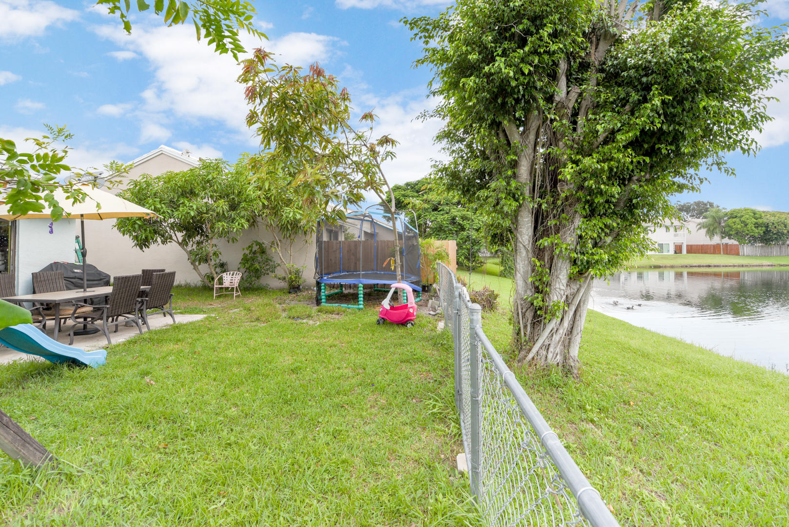 6056 Strawberry Fields Way Lake Worth, FL 33463 photo 22