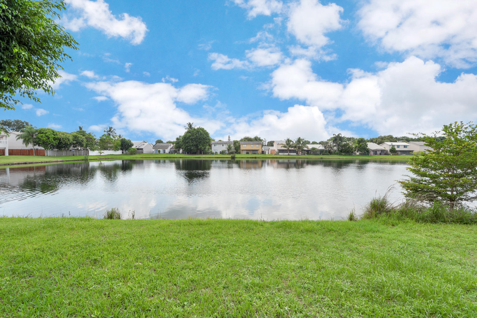 6056 Strawberry Fields Way Lake Worth, FL 33463 photo 3