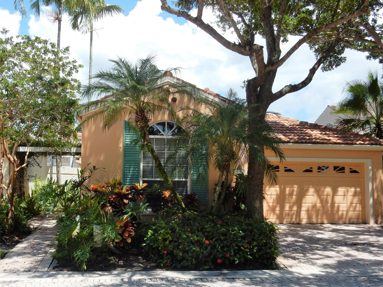 Home for sale in villa d este Palm Beach Gardens Florida