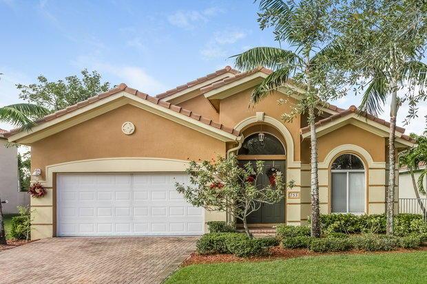 753 Triana Street  West Palm Beach FL 33413