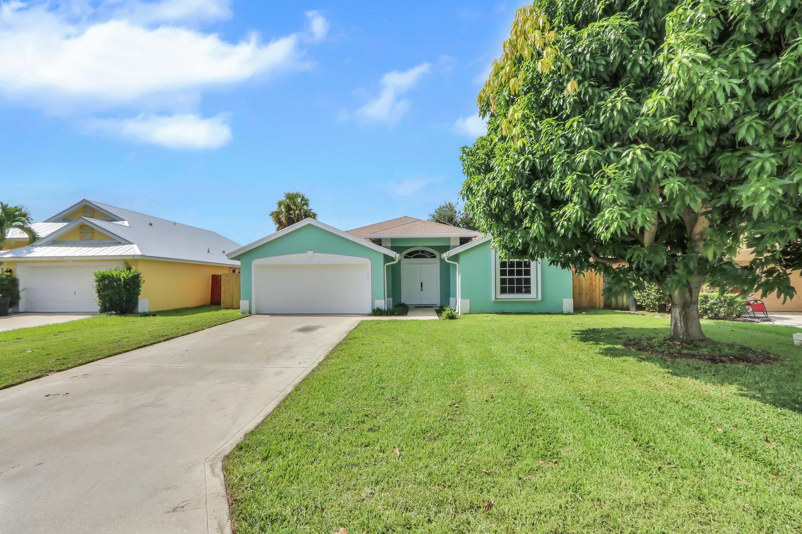 Photo of 6334 Ungerer Street, Jupiter, FL 33458