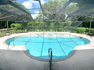 291  Old Country Road  For Sale 10555438, FL