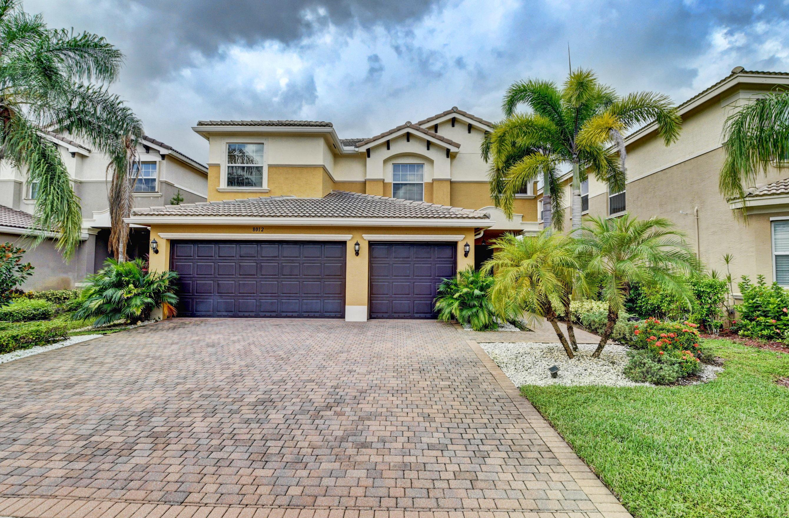 8012 Emerald Winds Circle Boynton Beach, FL 33473