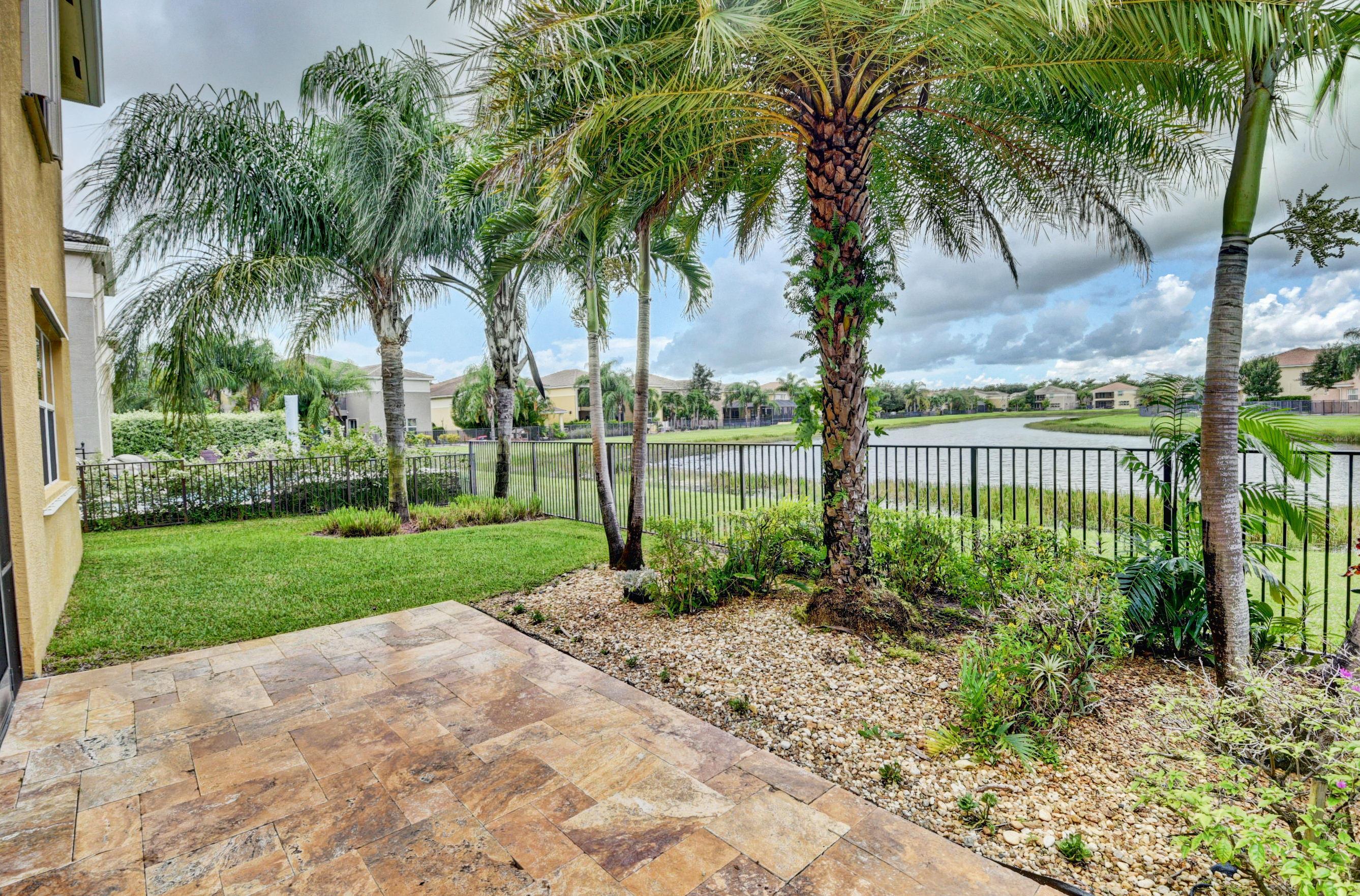 8012 Emerald Winds Circle  Boynton Beach FL 33473