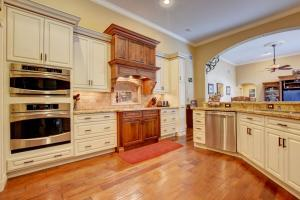 534  Cypress Green Circle  For Sale 10555540, FL