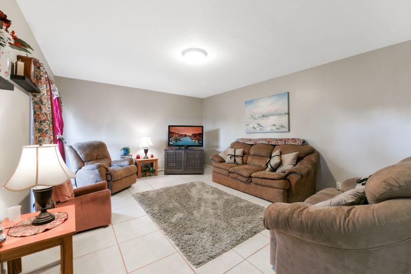2836 Kirk Road Lake Worth, FL 33461 photo 3