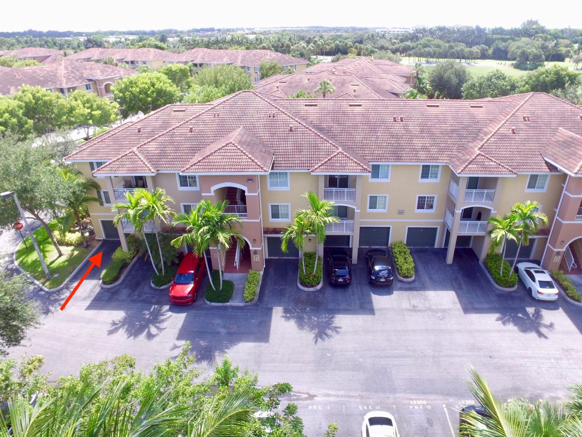 6511 Emerald Dunes Drive 108 West Palm Beach, FL 33411