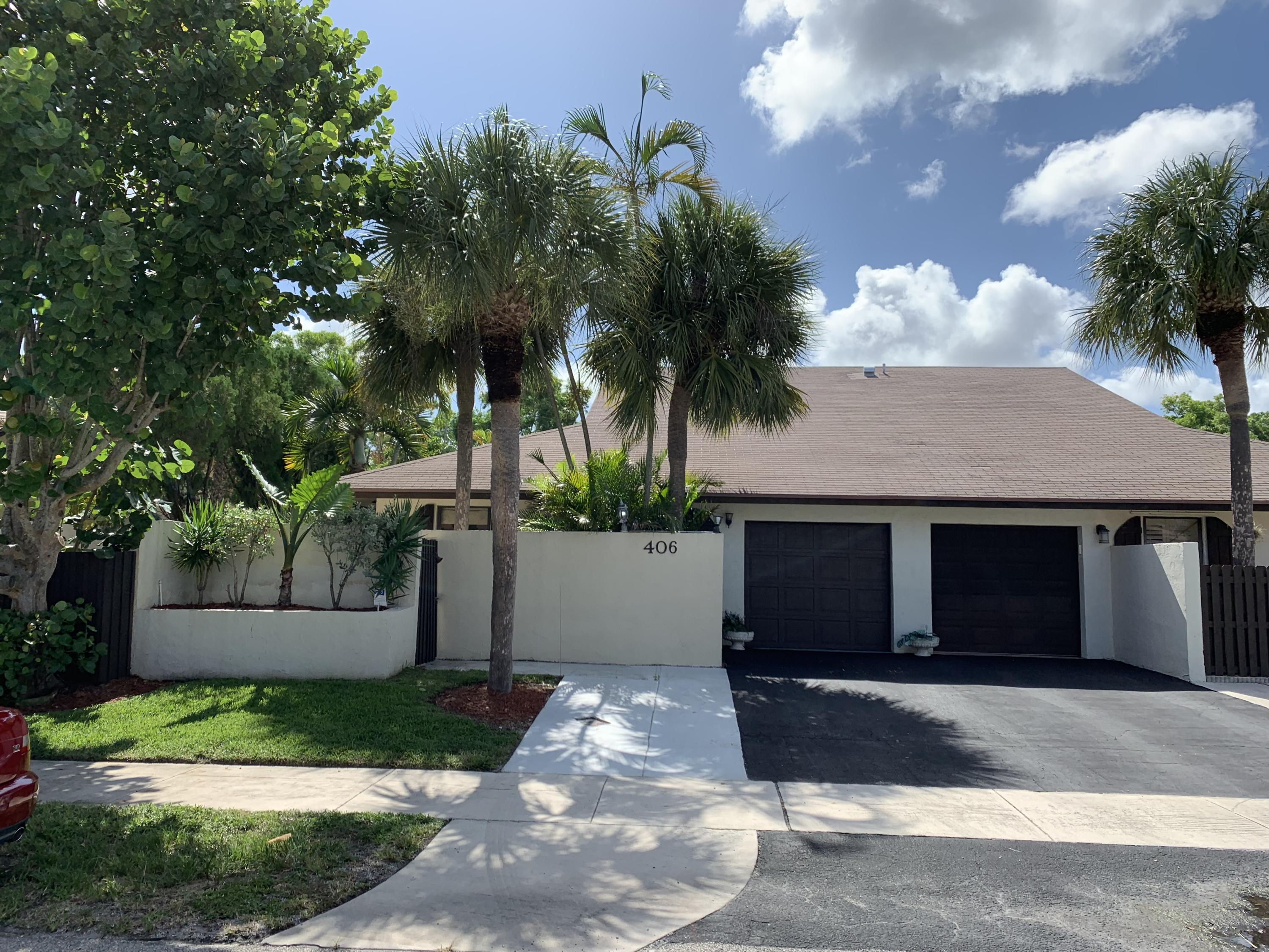 Home for sale in HOMEWOOD LAKES SEC D Delray Beach Florida
