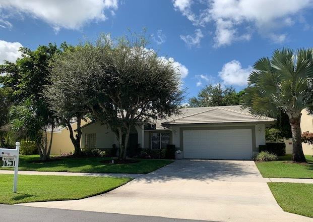 Home for sale in WHITEHORSE ESTATES / FARMINGTON ESTATE Wellington Florida
