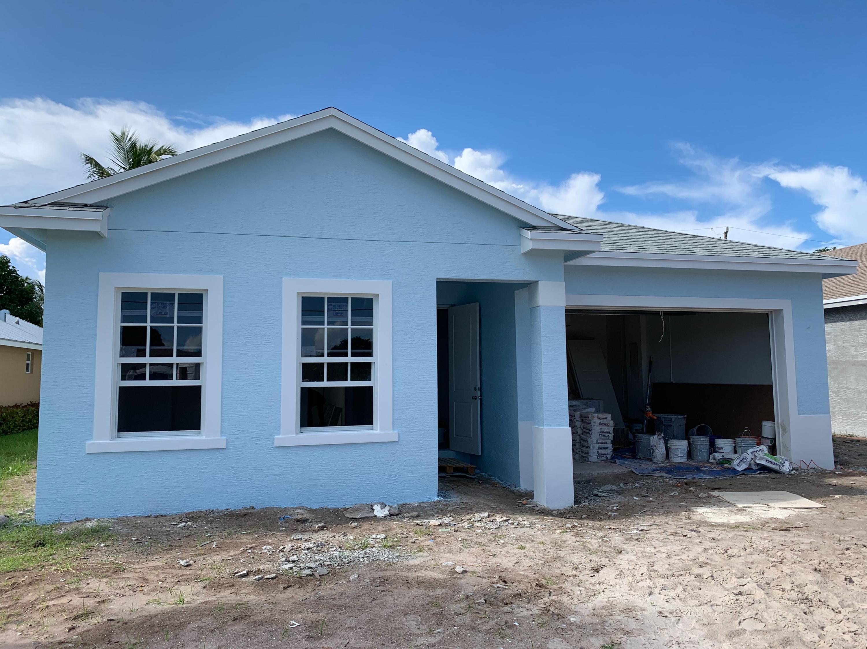 270 Reigle Avenue  Delray Beach, FL 33444