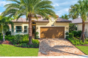 Valencia Bay home 12550 Kettle River Pass Boynton Beach FL 33473