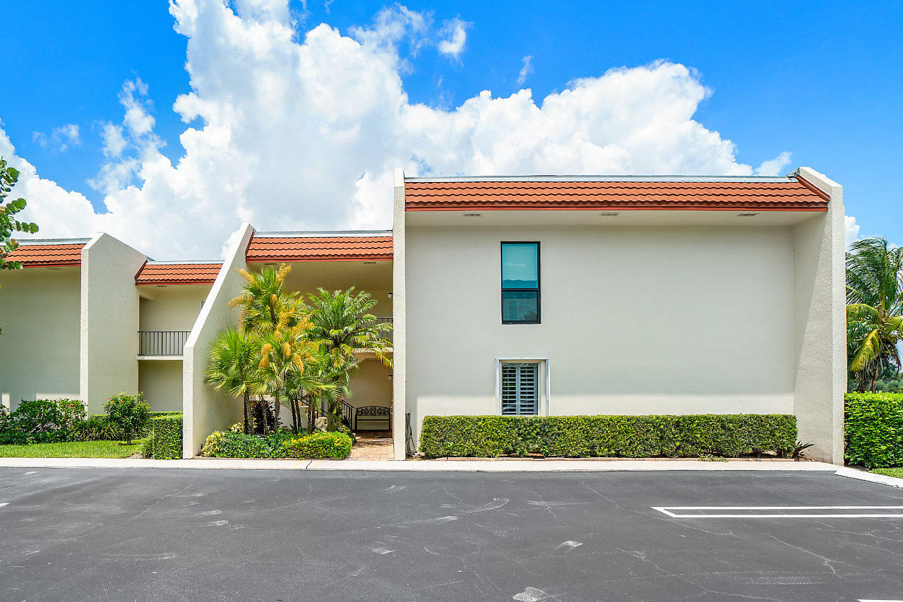 Photo of 1801 Consulate Place #103, West Palm Beach, FL 33401