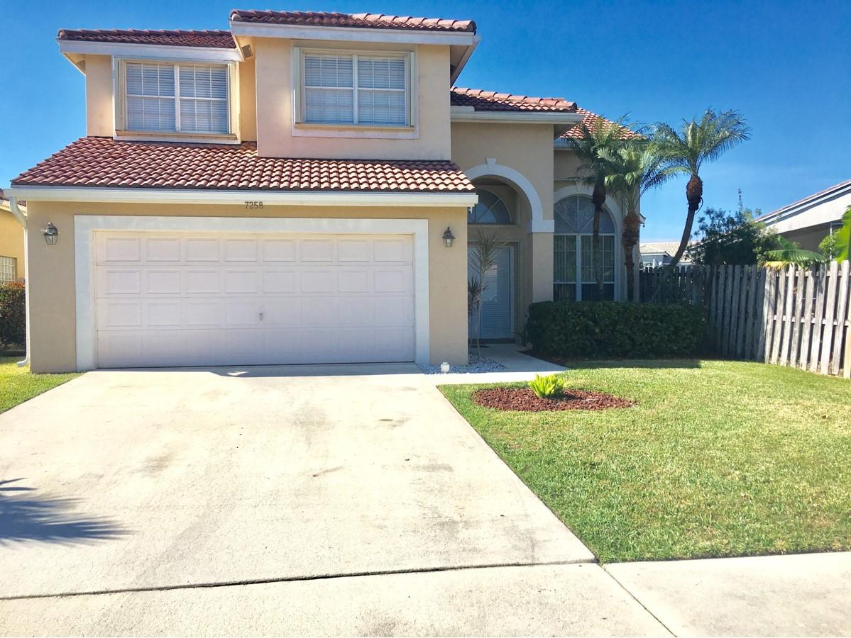 7258 Davit Circle Lake Worth, FL 33467