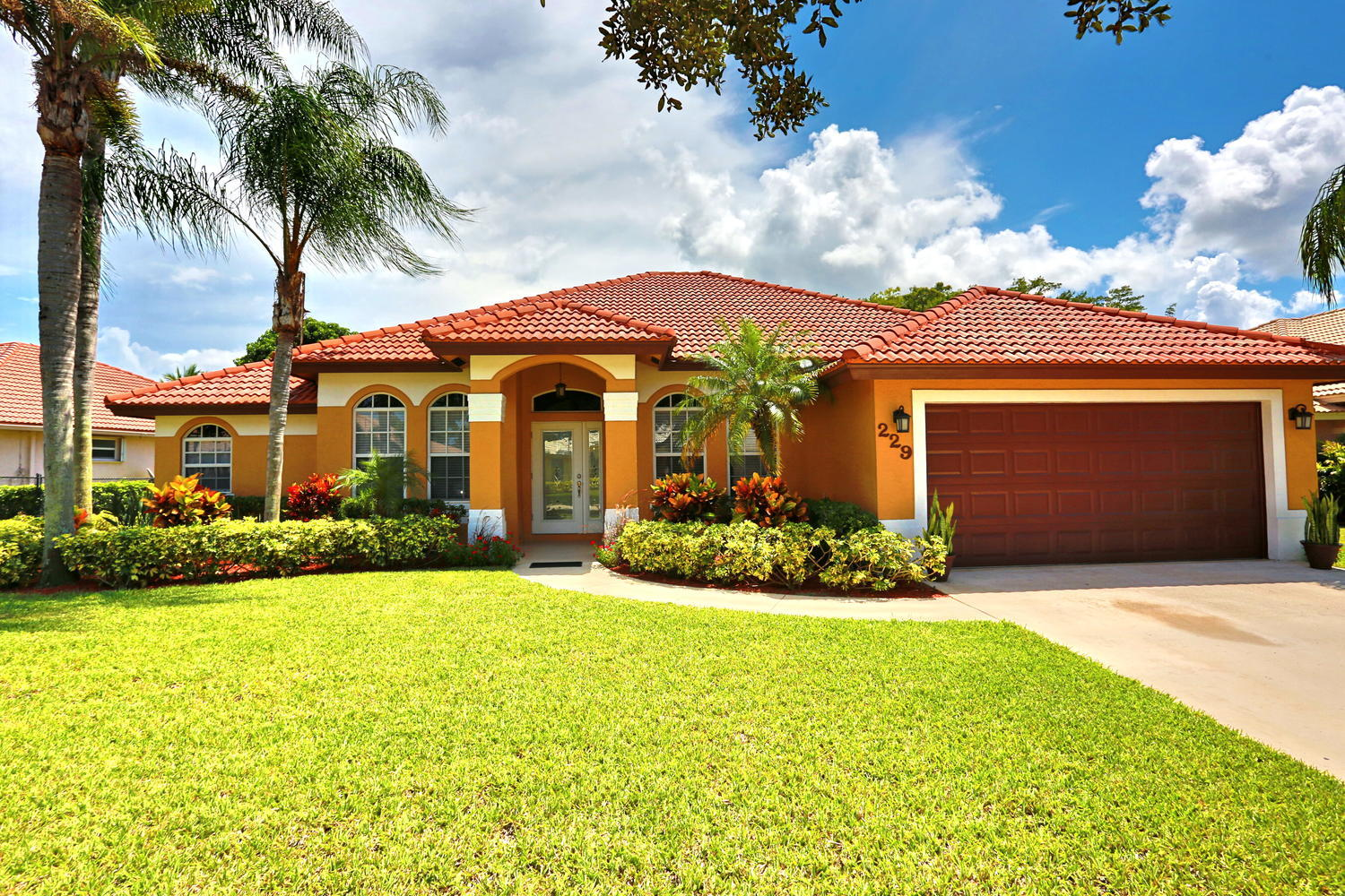 229 Cypress Trace Royal Palm Beach, FL 33411 photo 1