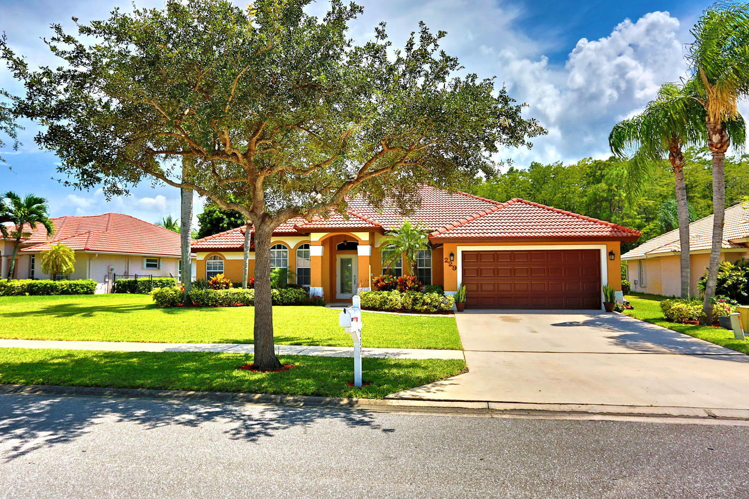229 Cypress Trace Royal Palm Beach, FL 33411 photo 7